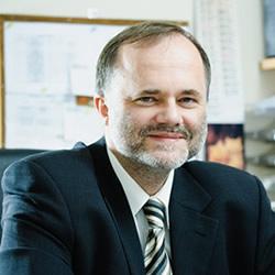 prof. dr hab. Janusz Skowronek